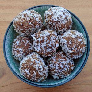 deliciously ella cacao coconut energy balls